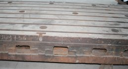 FLOOR PLATES CAST IRON CHEAP, 1.5 x 3 mt., BOLSTER PLATES, ACCESSORIES